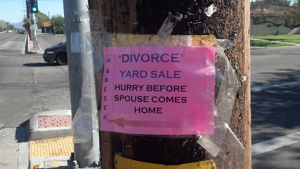 Top 22 Funniest Sales Signs of All-Time