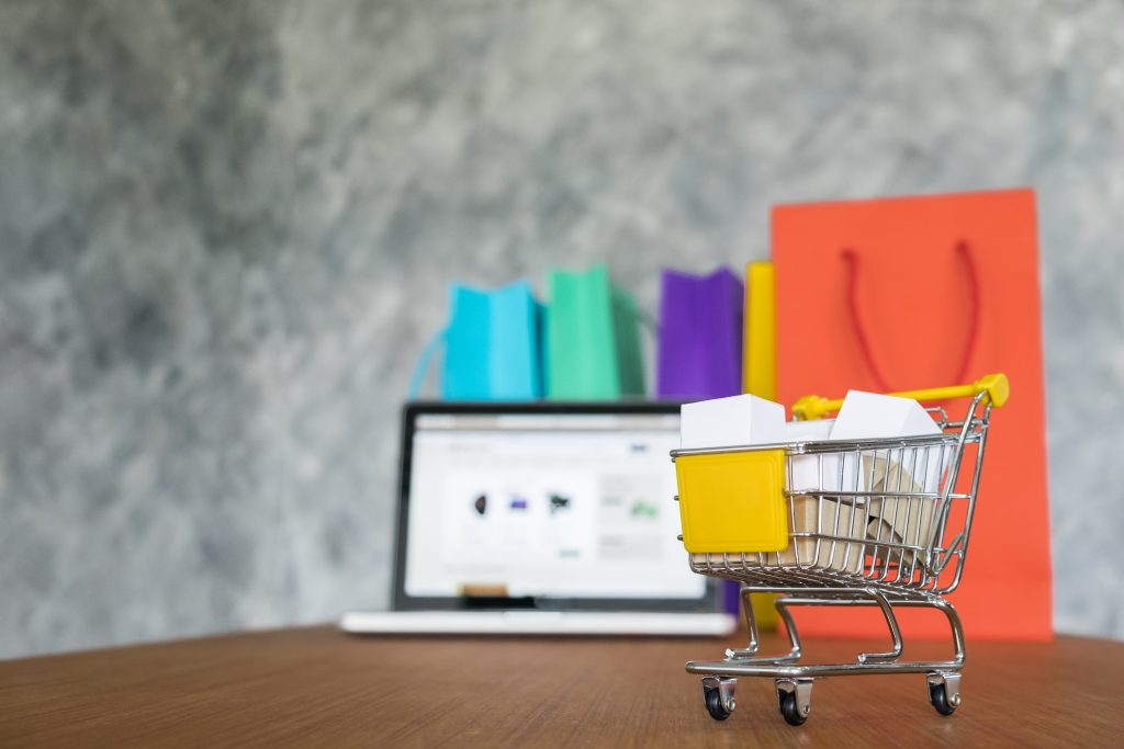 3 Attention-Grabbing Black Friday Email Campaign Tips
