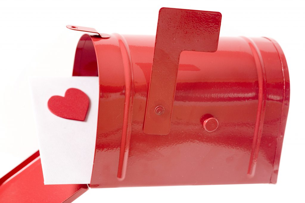 5 Sweet Valentine's Day Direct Mail Tips