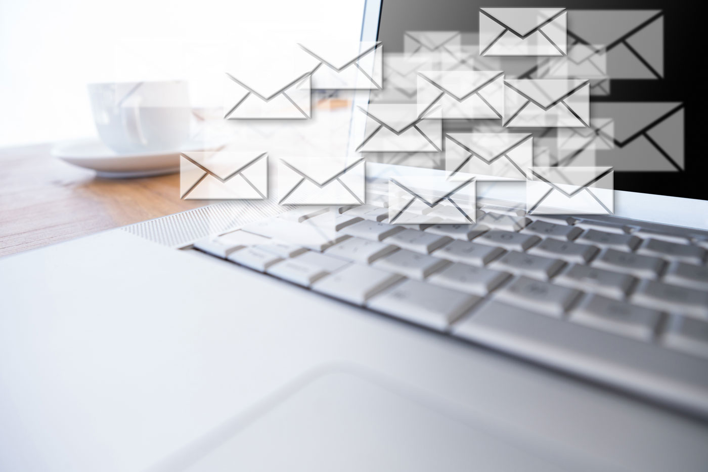 email-broadcasting
